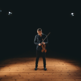 one_violin_pekka_niemi19kp